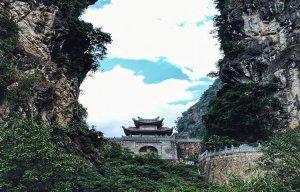 Động chùa Am Tiên - nơi pháp trường xử án, thái hậu tu hành
