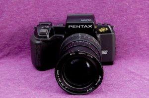 máy pentax sfx + lens 28-105 1:2.8-4 giá 900k