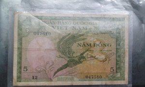 2 tờ tiền xưa  của Việt Nam