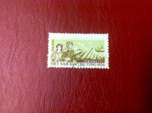 bán 1 tem binh sĩ lá mạ