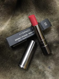 Son Mac Huggable, Fashion Force, Out for Passion, Cherry Lazer.