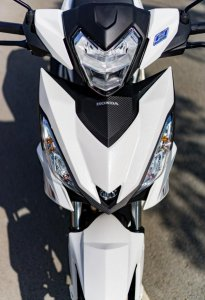 Cần bán Honda Winner 7/2016 BSTP màu trắng đen