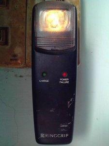 Đèn sạc pin