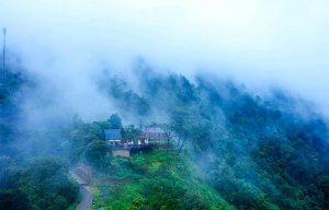 Những quán cà phê bồng bềnh giữa biển mây  - Du lịch giá rẻ