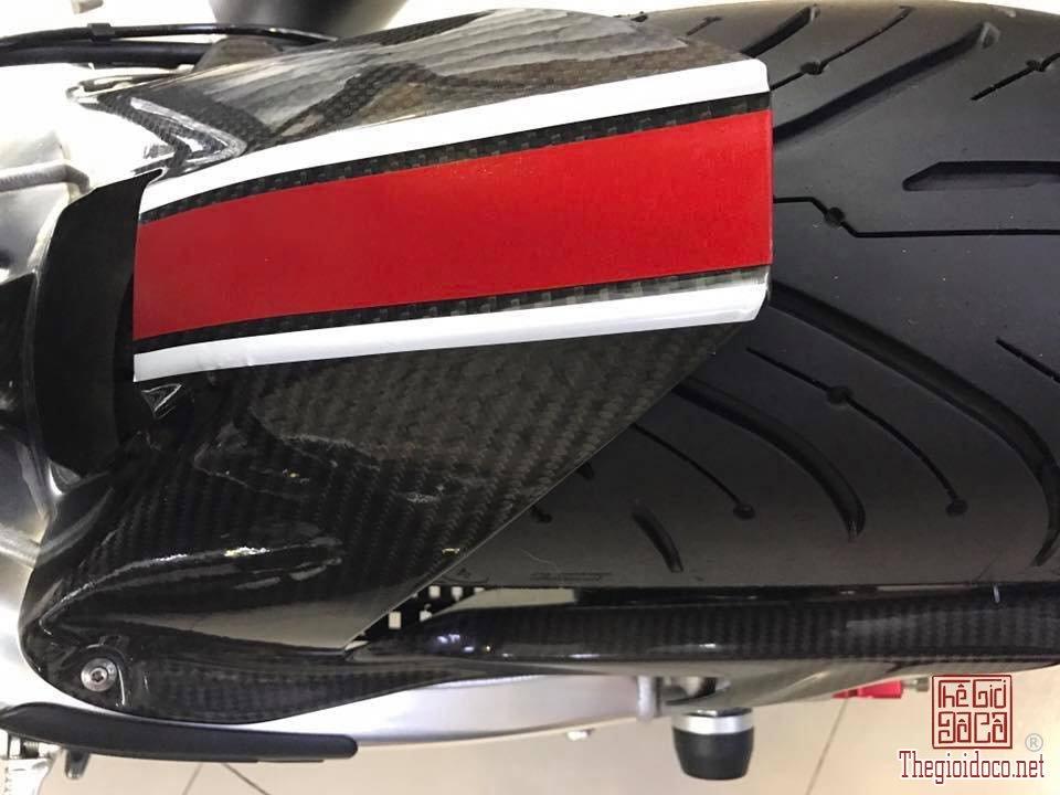 BMW s1000r ABS (5).jpg