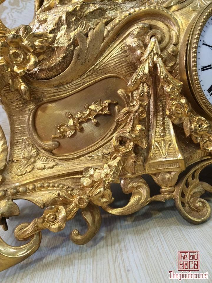 Đồng hồ để bàn mạ vàng (4).jpg