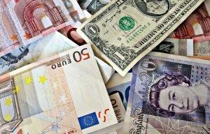 9 mẹo đổi tiền tỷ giá tốt khi du lịch nước ngoài