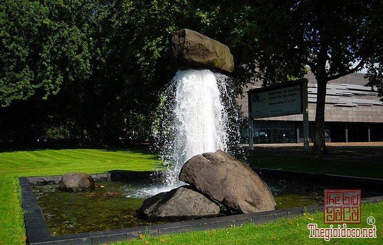 10 đài phun nước độc nhất vô nhị trên thế giới (9).jpg