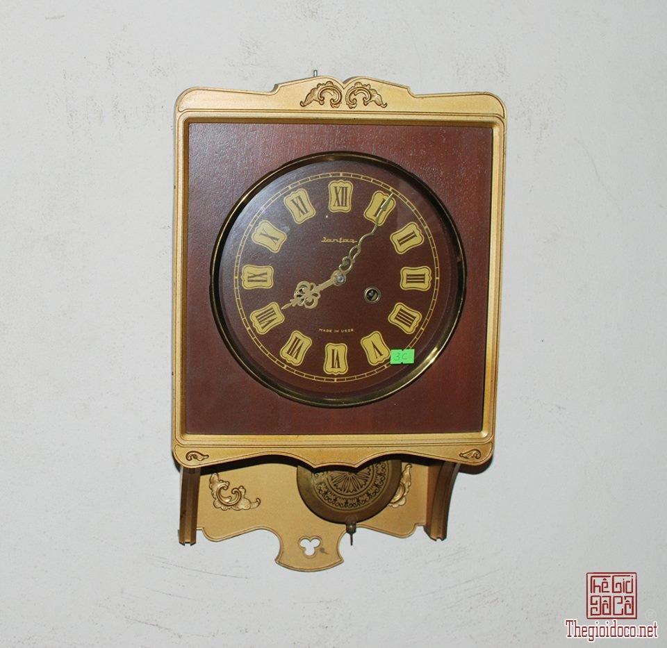 Đồng hồ hiệu jantar của Liên Xô (1).jpg