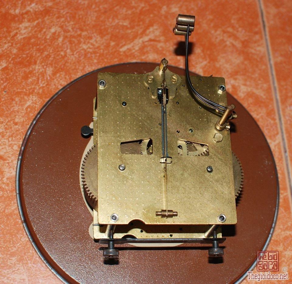 Đồng hồ hiệu jantar của Liên Xô (3).jpg