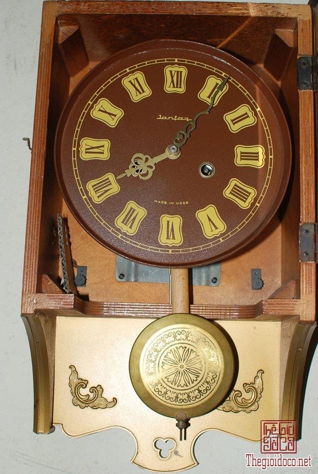 Đồng hồ hiệu jantar của Liên Xô (4).jpg