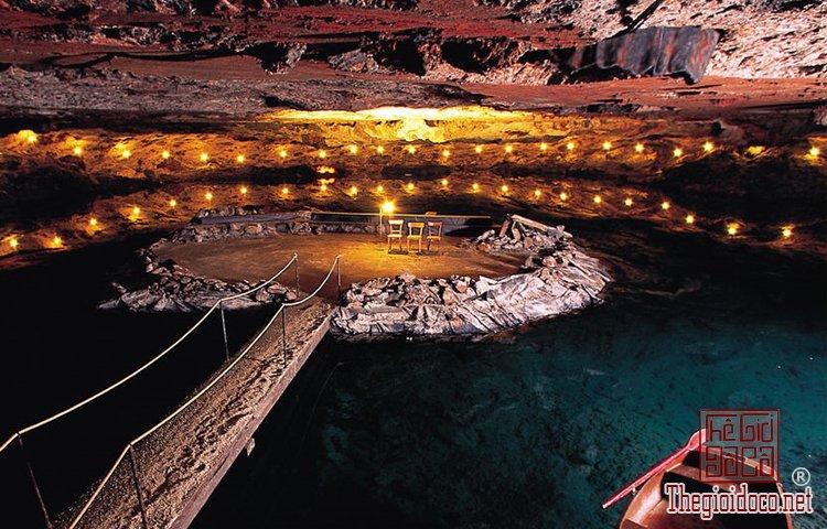 Những công trình ngầm dưới đất đầy án tượng trên thế giới (P (7).jpg