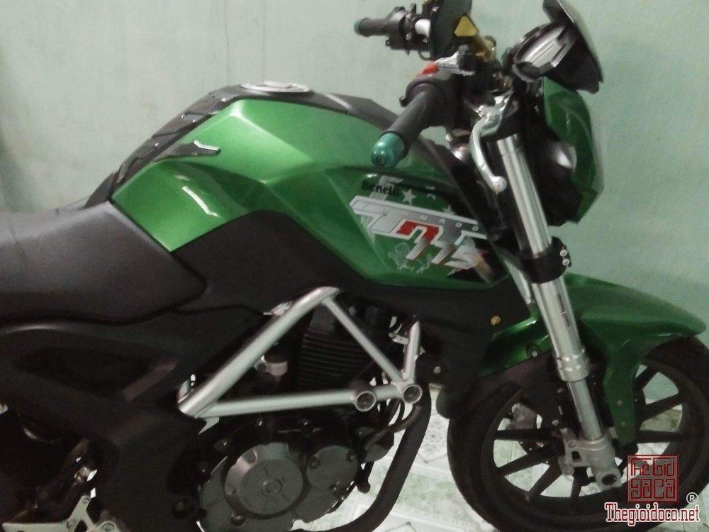 Benelli 175cc (2).jpg