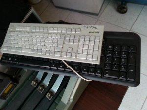 bàn phím made in japan.