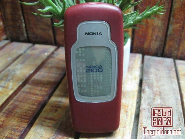 Nokia-2100 (2).JPG