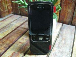 Nokia 8600 Zin Thay Vỏ Mới