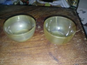 2 chum trà sừng bò mộng châu phi.