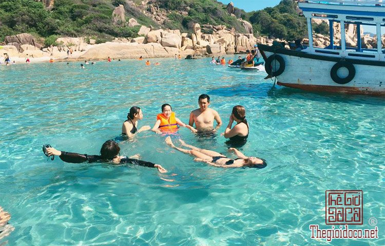 Dao-Binh-Hung (3).jpg
