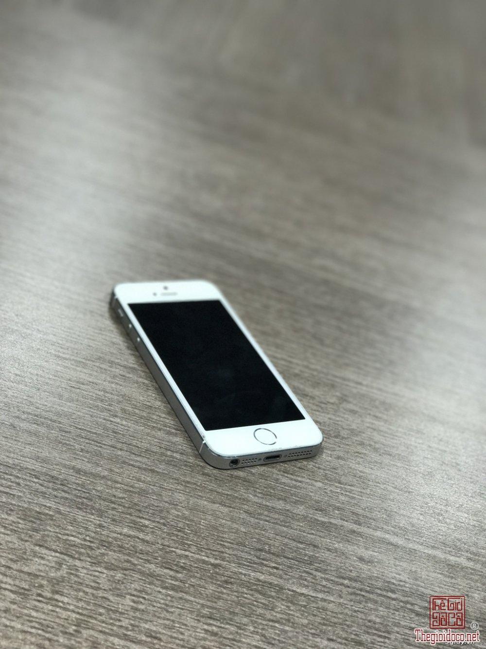 Iphone 5s (4).jpg