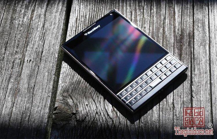BlackBerry-Passport (2).jpg