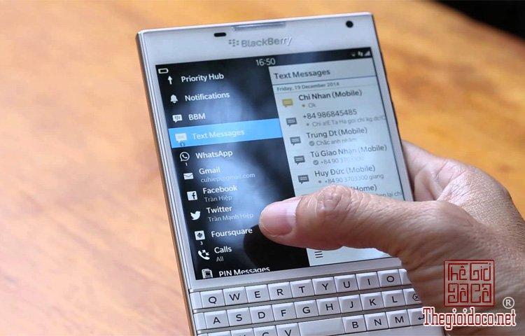 BlackBerry-Passport (4).jpg