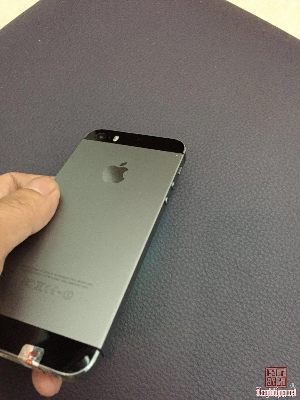 iPhone 5s (2).jpeg