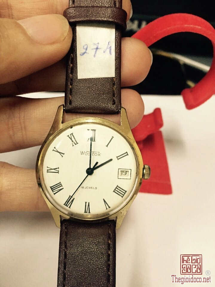 Đồng hồ Wostok (3).jpg