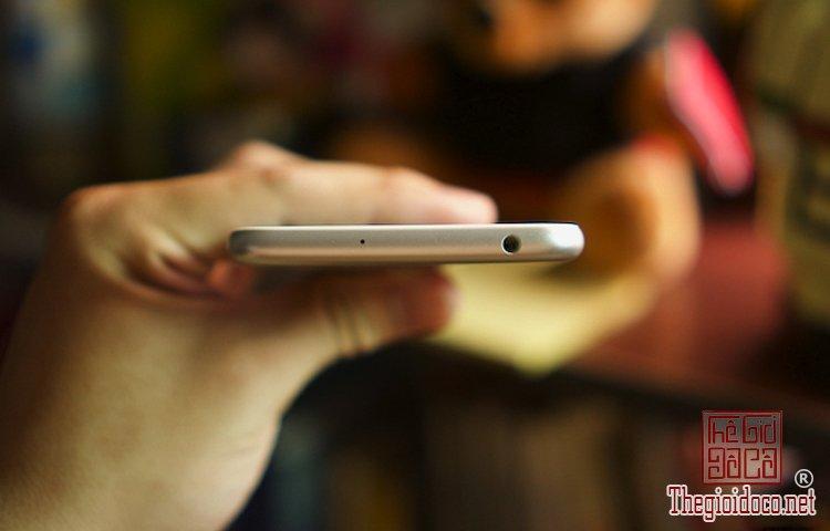 ZenFone-3-Max  (3).jpg