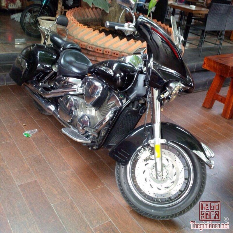 Honda VTX 1300 (8).jpg