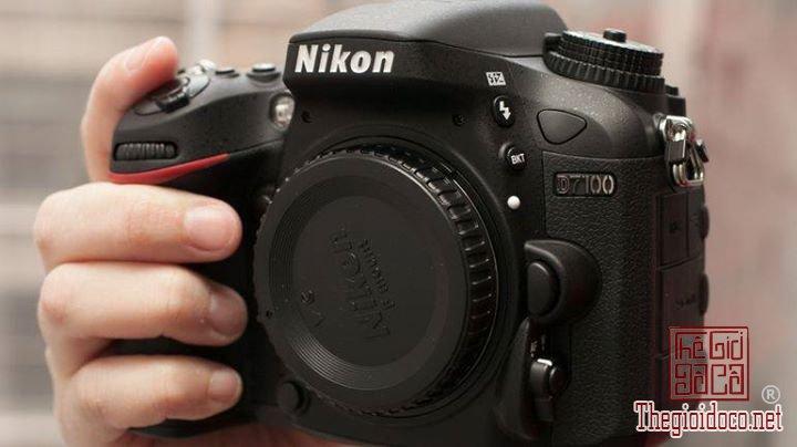 Body Nikon D7100 (2).jpg