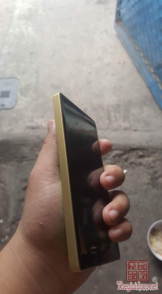 Lumia 930 (4).jpg