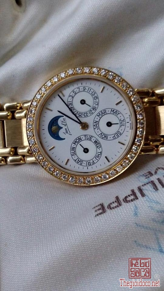 Đồng hồ Jean D'eve Thụy Sỹ (2).jpg