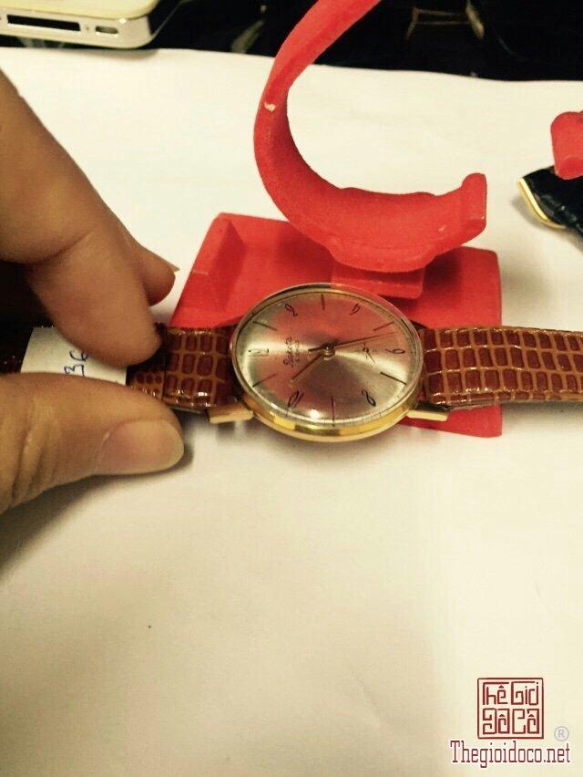 Đồng hồ Raketa kim rốn, mặt tia vỏ lacke (6).jpg