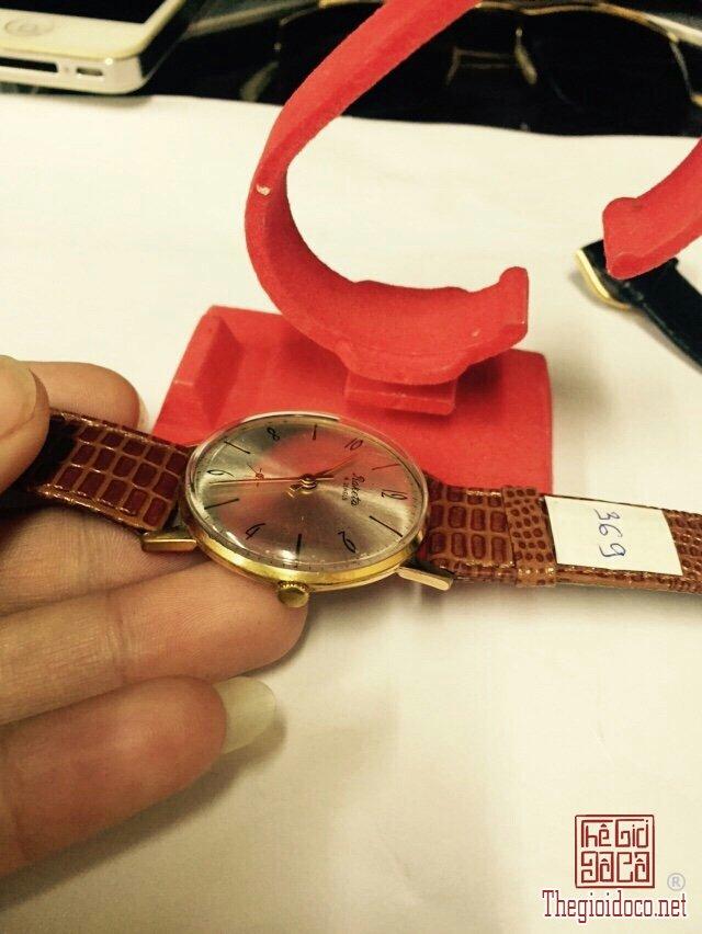 Đồng hồ Raketa kim rốn, mặt tia vỏ lacke (7).jpg