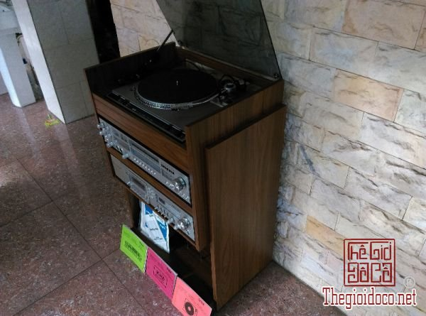 mâm than SABA PSP240 - đầu Deck SABA 9005 - Ampli SABA 9250 (1).jpg
