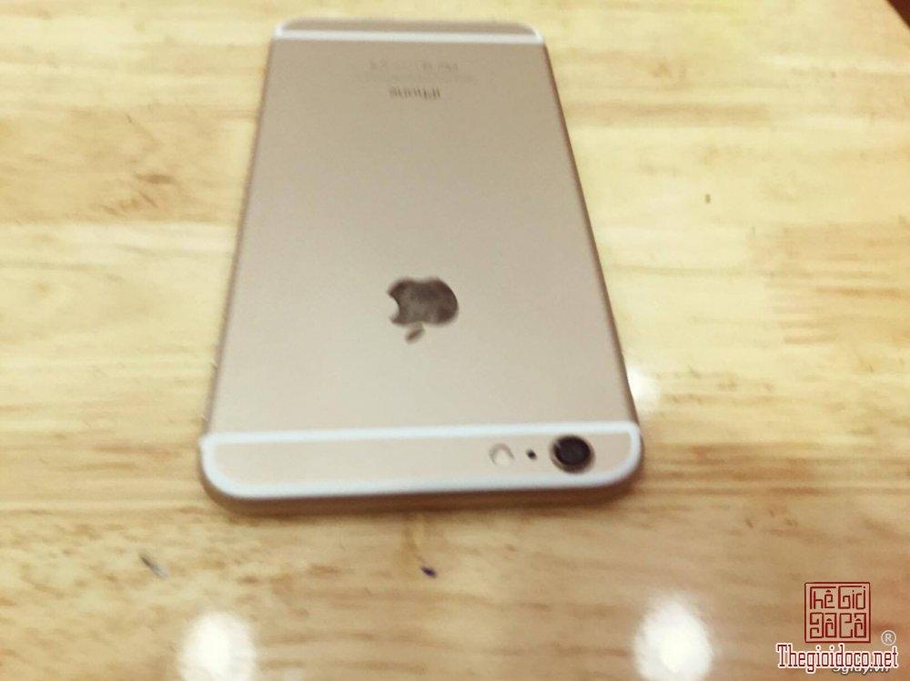iPhone 6 Plus (3).jpg