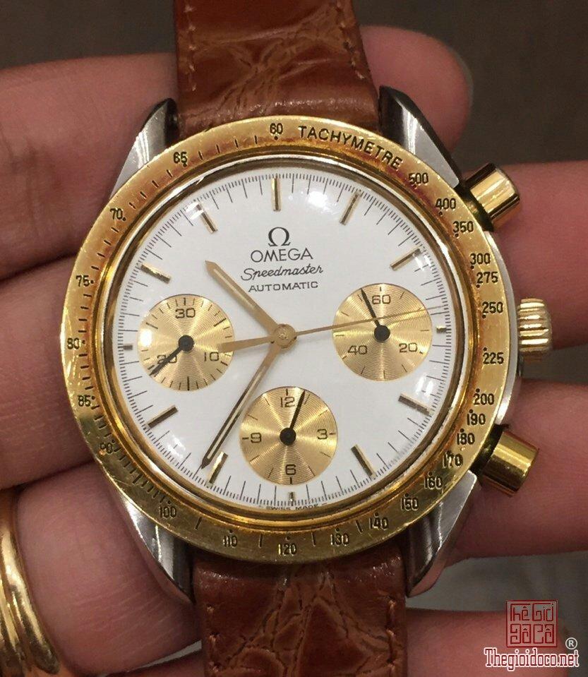 Đồng hồ Omega Speedmaster (1).jpg