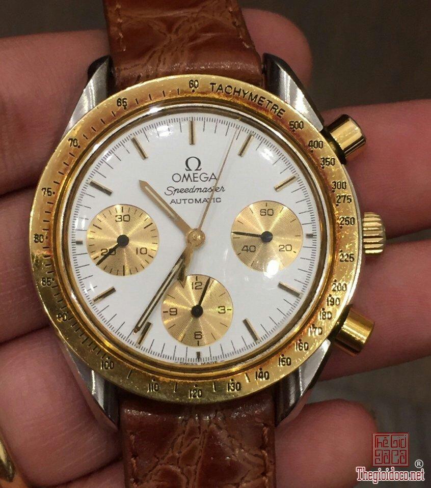Đồng hồ Omega Speedmaster (2).jpg