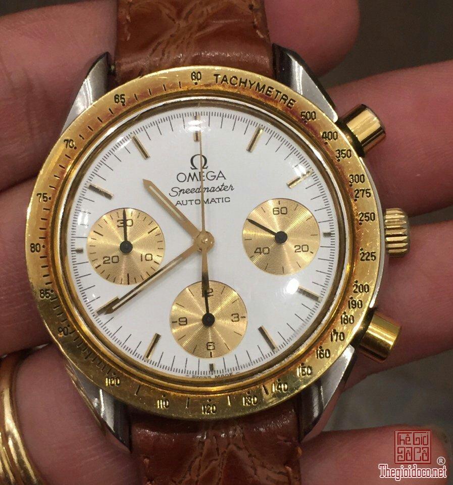 Đồng hồ Omega Speedmaster (4).jpg