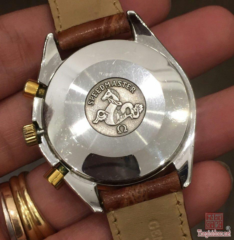 Đồng hồ Omega Speedmaster (7).jpg