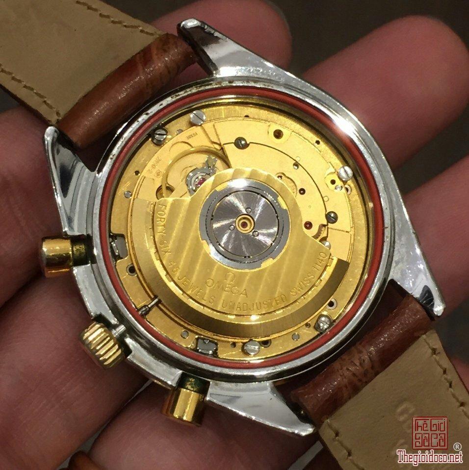 Đồng hồ Omega Speedmaster (8).jpg