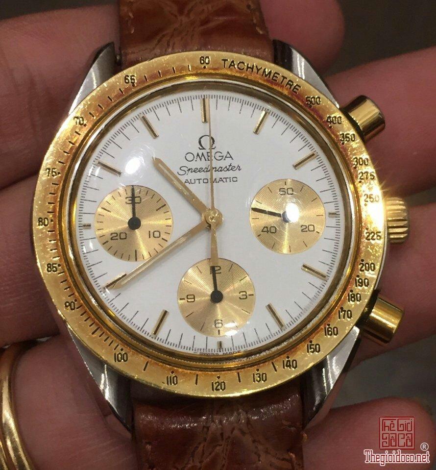 Đồng hồ Omega Speedmaster (9).jpg