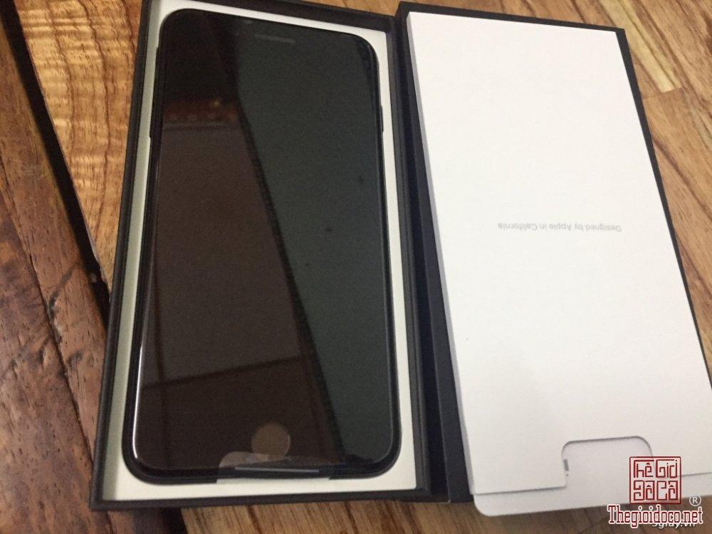 Iphone 7 Plus (2).JPG