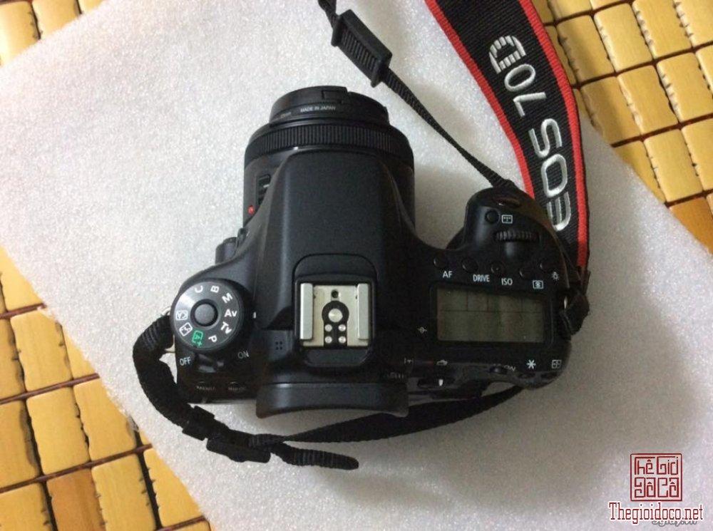 Canon EOS 70d (1).jpg