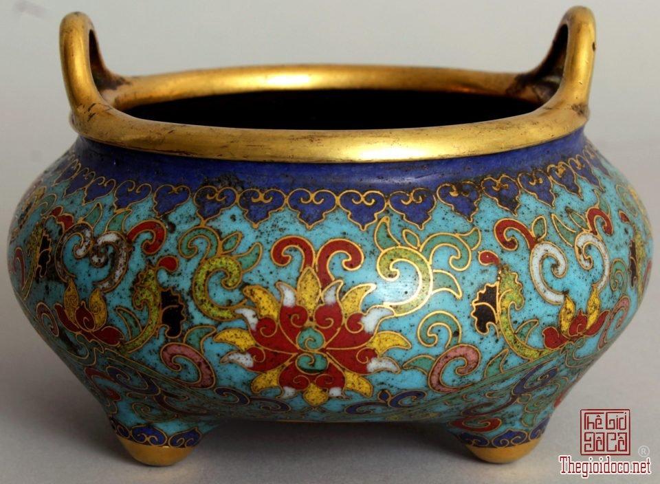 Lư hương quý thời Càn Long trị giá 26.000 USD (1).jpg