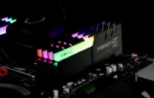 """Sau tất cả, đã có RAM gắn LED """"bảy sắc cầu vồng"""""""