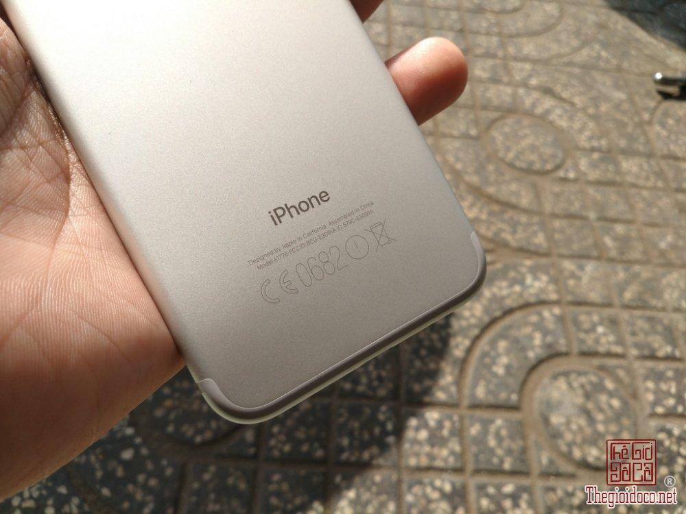 iPhone 7 128GB (6).jpg