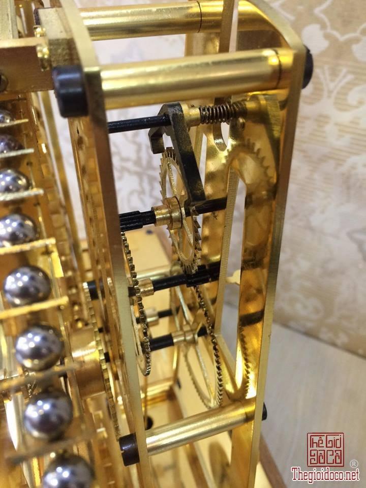 Đồng hồ Skeleton bi thác nước mạ vàng 24 Karat  (13).jpg