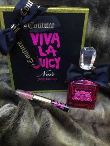 Set Viva Juicy Noir edp - Nước hoa 100ml - mini viva noir 5ml lăn + mini viva juicy 5ml lăn