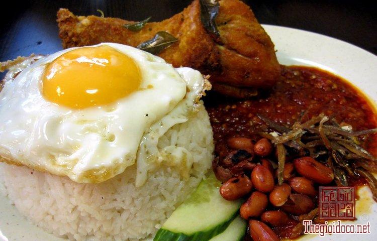 Những món ăn vỉa hè cuốn hút du khách ở Singapore (5).jpg